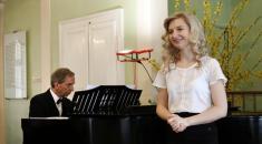 Študáci hradecké univerzity zahráli a zazpívali v Jiřinkovém sále