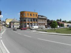 Křižovatka ulic E. Beneše aKřenkova