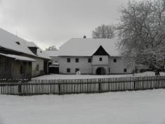 Dvorek Rudrova mlýna vRatibořicích