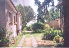 Božena Vondráčková, Riegrova ulice