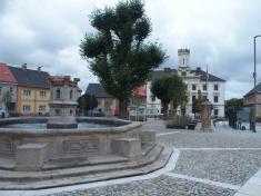 Kašna naHusově náměstí